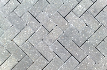 Установка тротуарной плитки